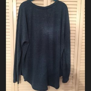 Over sized long sleeve top
